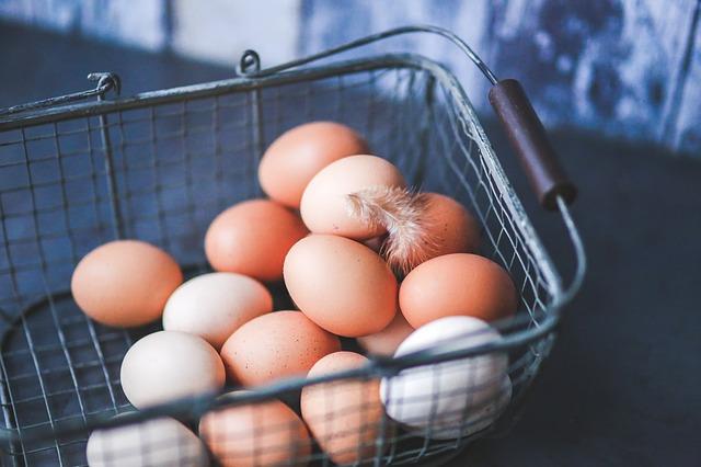 eggs-791463_640