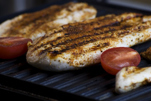 grilled-923097_640